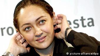 Die iranische Regisseurin und Schauspielerin Niki Karimi (Foto: EPA/CLAUDIO ONORATI dpa)