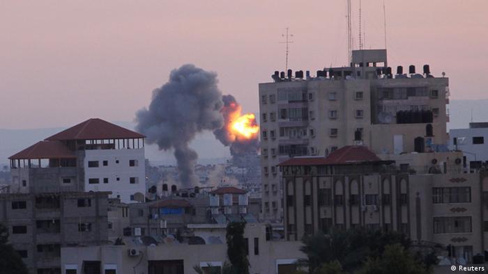 Rauch über Gazastadt (Foto: Reuters)