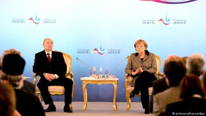 Chancellor Angela Merkel (CDU) and Russian President Vladimir Putin in Moscow Photo: Kay Nietfeld/dpa