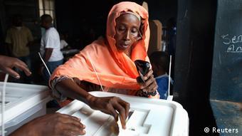 Sierra Leone Präsidentschaftswahl Wahl Bürger Wähler Wahl Urne