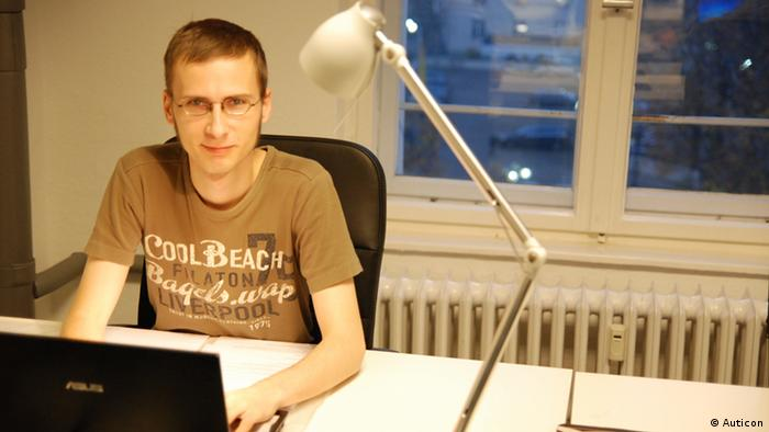 Tobias Altrock works as an IT consultant at Auticon