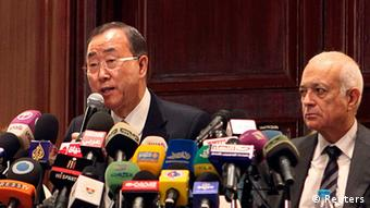 United Nations (U.N.) Secretary-General Ban Ki-moon (C) speaks during a news conference with Arab League Secretary-General Nabil Elaraby (R) after their meeting to discuss the situation in Gaza, in Cairo November 20, 2012. Ban on Tuesday called for an immediate ceasefire in the Gaza conflict, saying an Israeli ground operation in the Palestinian enclave would be a dangerous escalation that must be avoided. REUTERS/Asmaa Waguih (EGYPT - Tags: POLITICS)
