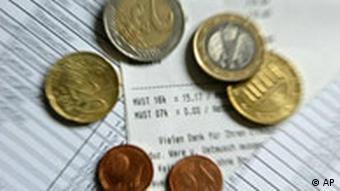 Quittungen und Münzen (Foto: AP)