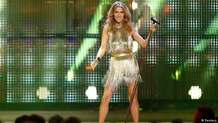 Canadian singer Celine Dion performs during the Bambi 2012 media awards ceremony in Duesseldorf November 22, 2012. The annual Bambi awards honours celebrities from the world of entertainment, literature, sports and politics. REUTERS/Lisi Niesner (GERMANY - Tags: ENTERTAINMENT)