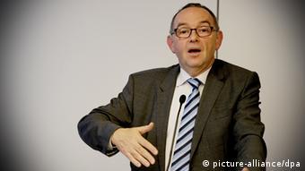Norbert Walter-Borjans SPD Finanzminister NRW Wirtschaft Euro Krise