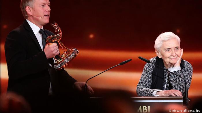 Ruth Pfau Bambi Verleihung 2012 (picture-alliance/dpa)