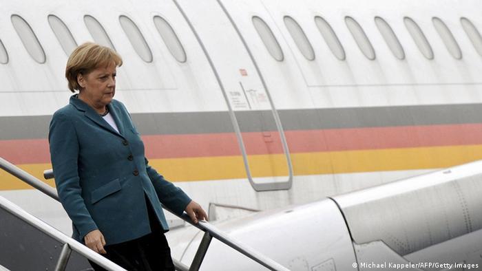 Bundeskanzlerin Angela Merkel Flugzeug Mexiko Stadt 2008 (Michael Kappeler/AFP/Getty Images)