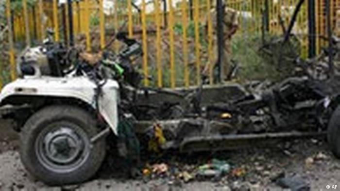 Indien Unruhen in Ayodhya (AP)