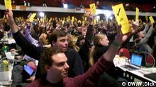 Parteimitglieder der Piratenpartei stimmen auf dem Bundesparteitag (24-25.11.2012) ab Alle Photos sind mit Einverständnis der Fotografierten gemacht. Fotograf: Wolfgang Dick, Redaktion Hintergrund Deutschland