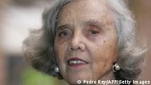 Mexican writer Elena Poniatowska speaks during a press conference 02 August, 2007 in Caracas. Poniatowska is in Venezuela to receive the Romulo Gallegos 2007 literary award --consisting in USD 100.000-- for her novel El tren pasa primero. AFP PHOTO PEDRO REY (Photo credit should read PEDRO REY/AFP/Getty Images)