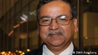 Saleemul Huq vom Internationalen Zentrum für Klimawandel und Entwicklung in Bangladesch (Foto: DW/ A. Rönsberg)