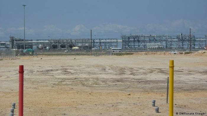 Fábrica de gás natural angolana, no Soyo, norte do país