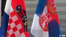 Symbolbild Kroatien Serbien Flagge