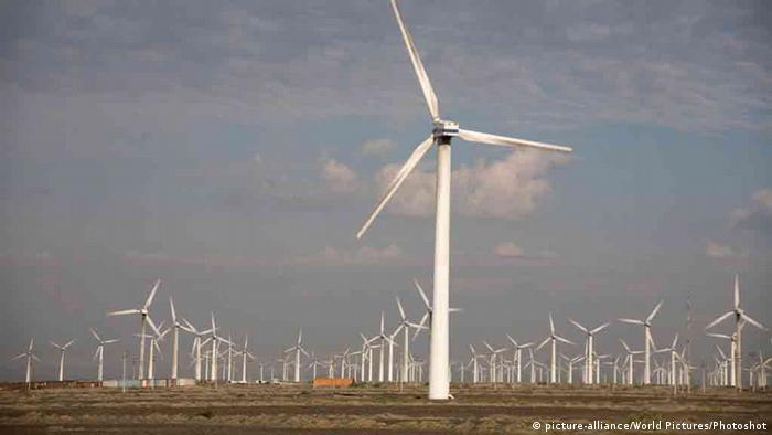 China Windenergie in der Wüste