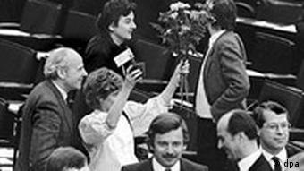 Bildergalerie Joschka Fischer Bild 1: Einzug der Grünen in den Bundestag Fischer
