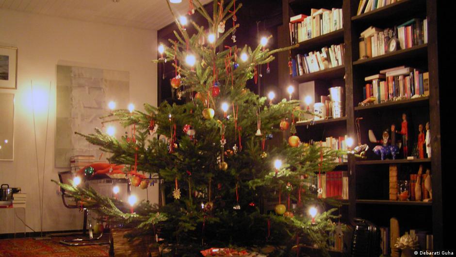 wir kaufen einen weihnachtsbaum top thema podcast dw. Black Bedroom Furniture Sets. Home Design Ideas