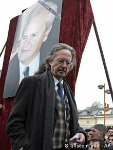 Peter Handke at Slobodan Milosovic' funeral