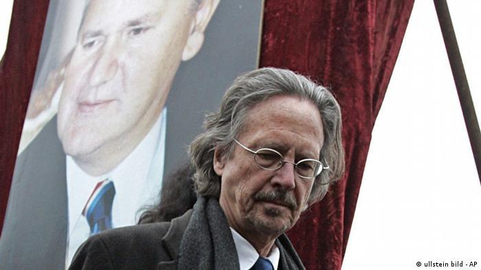 Handke na Miloševićevom pogrebu 2006. (ullstein bild - AP)
