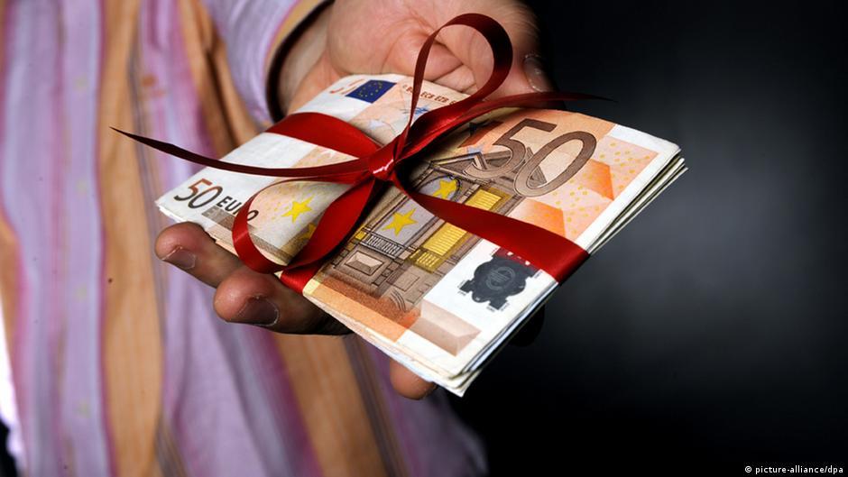 Деньги из Азербайджана: депутата от ХДС подозревают в коррупционных связях