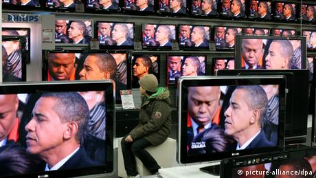 US President Barack Obama's inauguration ceremony in 2009 appears on multiple television screens. Photo: Kay Nietfeld dpa/lno +++(c) dpa - Report+++