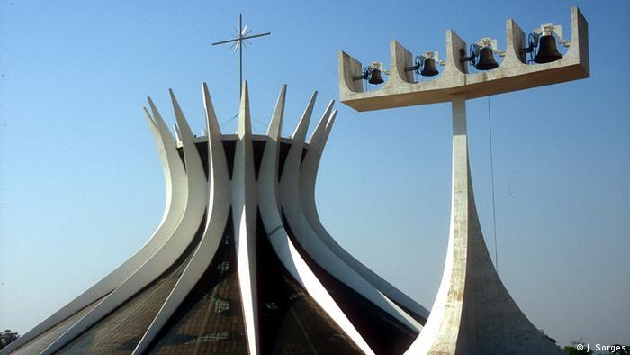 Brasilien Land und Leute Brasilia Katedrale
