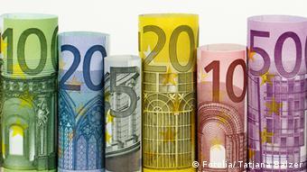 Euro notes (photo: Tatjana Balzer)