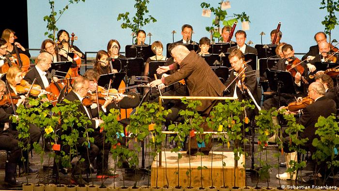 Daniel Barenboim conducting a climate concert in 2010 with the Staatskapelle Berlin