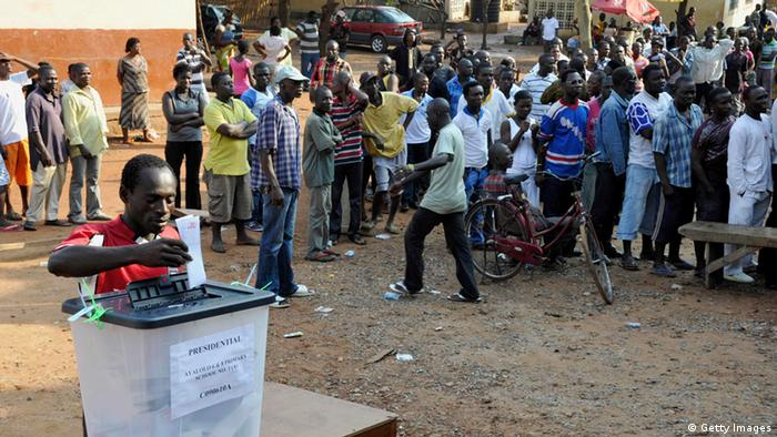 Ghana Wahlen Abstimmung Urne (Getty Images)