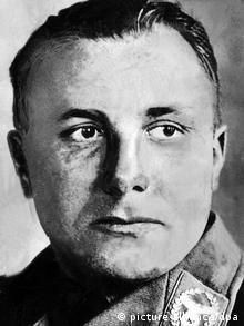 O Μάρτιν Μπόρμαν, γραμματέας του Χίτλερ