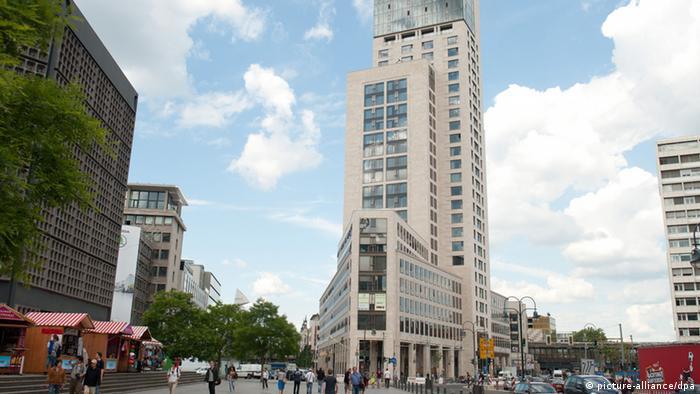 Величественный колосс в центре Берлина
