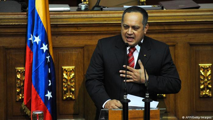 The new president of the Venezuelan Parliament, Diosdado Cabello, delivers a speech during his swearing in ceremony in Caracas, on January 5, 2012. AFP PHOTO / Leo RAMIREZ