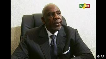 Prime Minister Diarry announcing his resignation on state TV (Photo:ORTM Mali TV/AP/dapd)