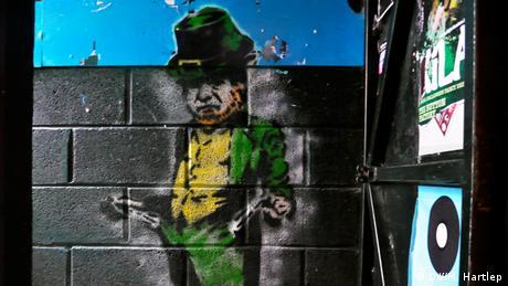 Plan B Irland Krisengraffitis