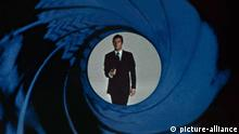 James Bond Intro - Gun Barrel Sequence