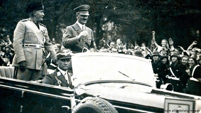 Berlin Hitler Mussolini (picture alliance/akg-images)