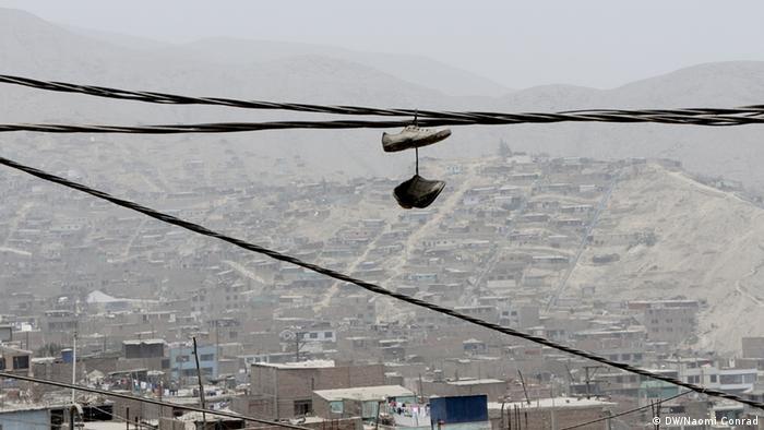 En Huaycán, en las afueras de Lima, Perú, se juntan las chabolas.