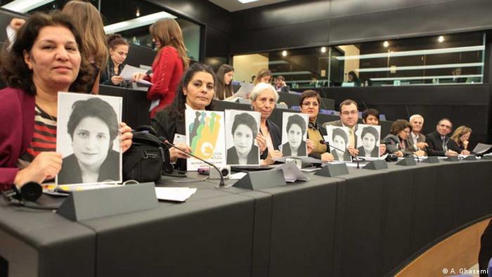 گروهی از فعالان حقوق بشر ایرانی در مراسم اهدای جایزه ساخاروف