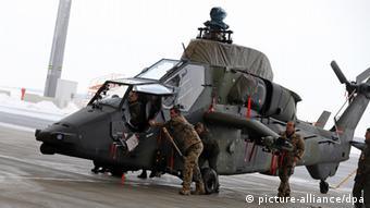 Bundeswehr helicopter (photo: Jan Woitas/dpa)