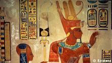 Ägypten Archäologie Ramses III. mit Sohn Amon-herchopeschef
