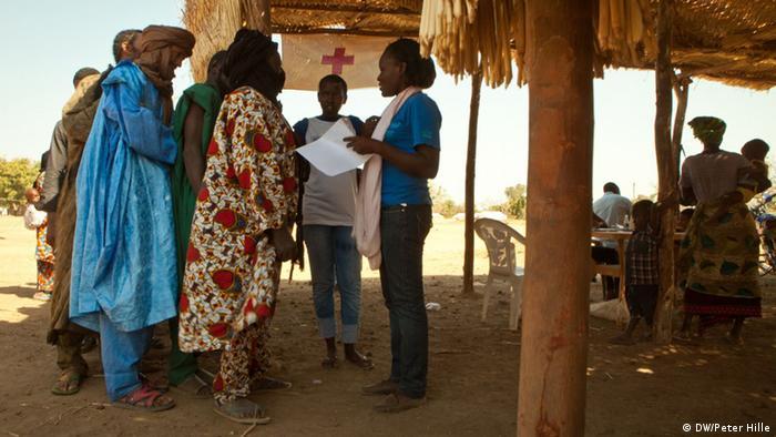 Malische Flüchtlinge im Nachbarland Burkina Faso (Foto: DW)