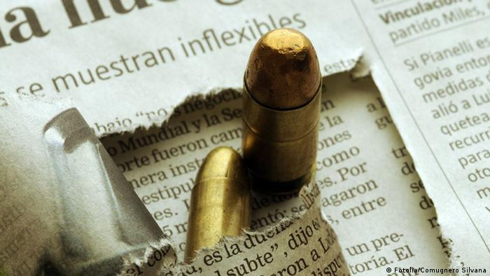 Symbol Risiko Gefahr für Presse Journalismus