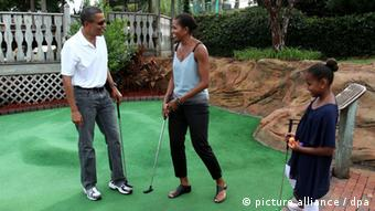 Obitelj Obama igra mini-golf