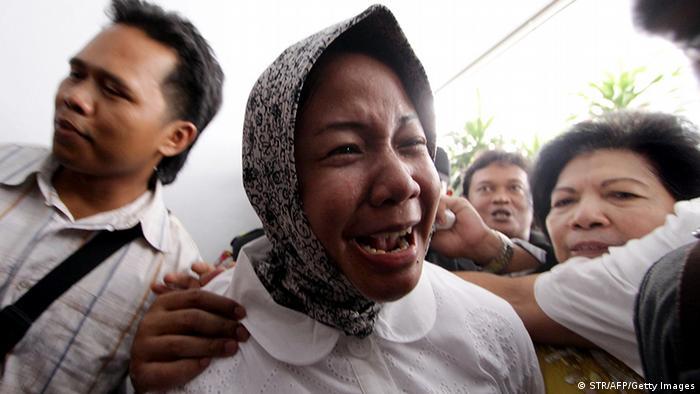 Indonesien Sammeln für Prita Mulyasa (STR/AFP/Getty Images)