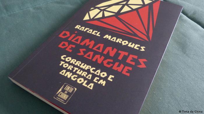 The book Diamantes de Sangue Photo: Tinta da China