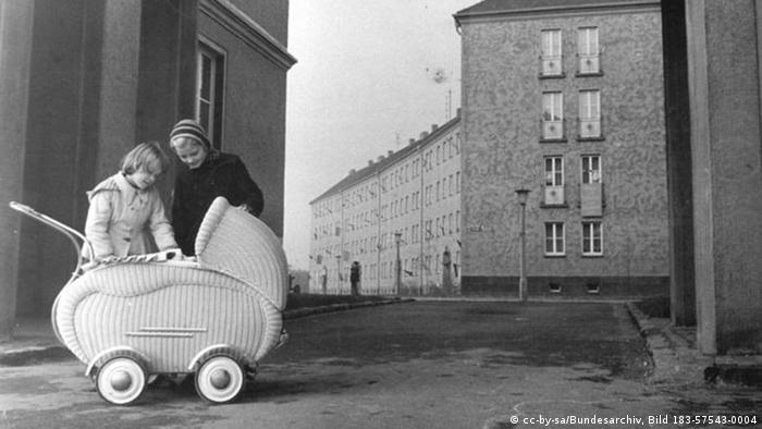Der erste sozialistische Wohnkomplex in Leipzig 17.11.1958