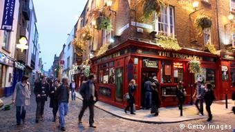Kneipenstraße Temple Bar in Dublin (Foto: Getty Images)