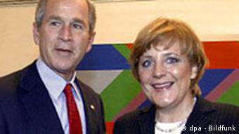 Bush in Deutschland bei Angela Merkel
