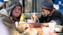 Arm Obdachlos USA Suppenküche