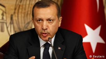 Porträt des türkischen Premierministers Recep Tayyip Erdogan (Foto: Reuters)