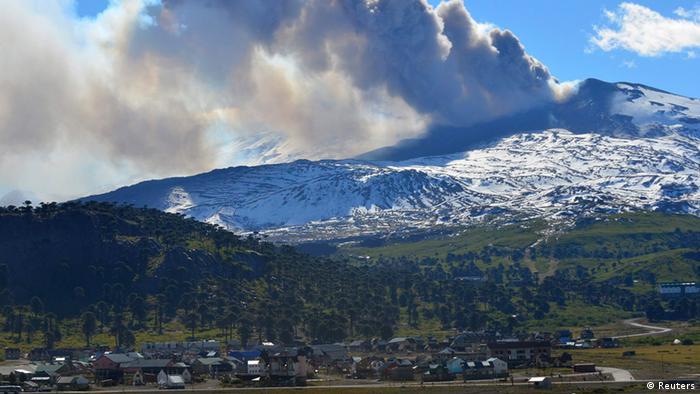 El volcán Copahue preocupa a chilenos y argentinos.